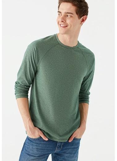 Mavi Tişört Yeşil